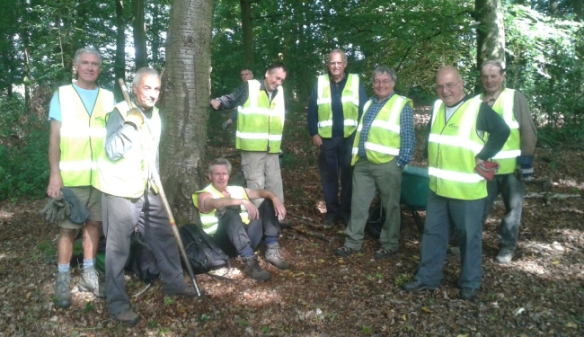 Chiltern Society Woodland volunteers